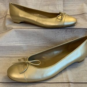 Stuart Weitzman Womens Size 10 Gold Ballet Flats
